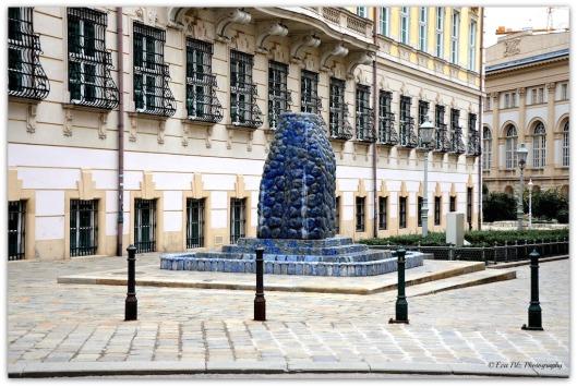 Wasserwellen-Lebens-Brunnen Wien