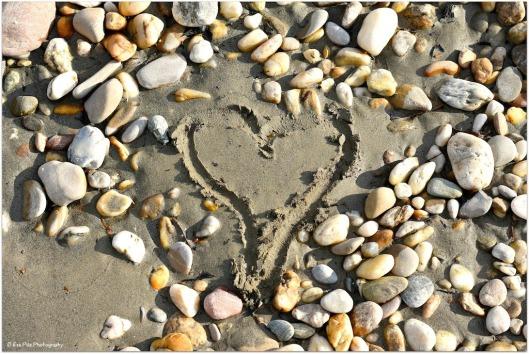 Donaukiesel mit Herz